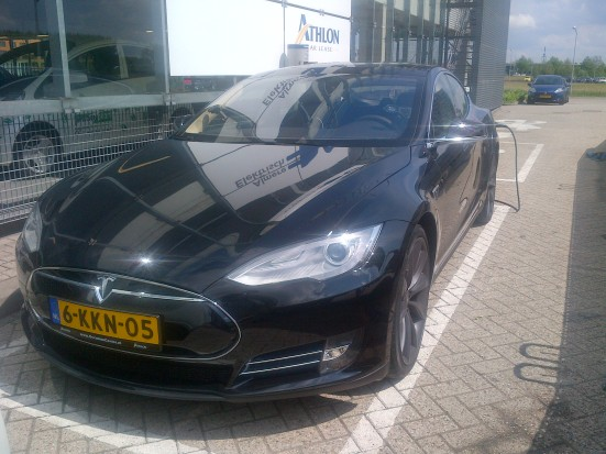 1st Dutch registered Tesla Model S Athlon